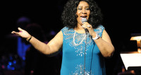 Знаменитая американская певица попрощалась с родными перед смертью