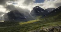 Снежные шапки тают на глазах: самая высокая гора Швеции осела из-за жары