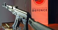 Россиянин установил рекорд по стрельбе из АК-47 на АрМИ-2018