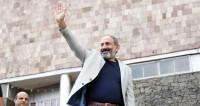 «Мы живем уже в новой Армении». Пашинян в родном краю пообщался с народом