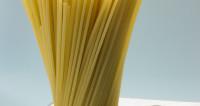 Американские физики научились ломать спагетти на равные части