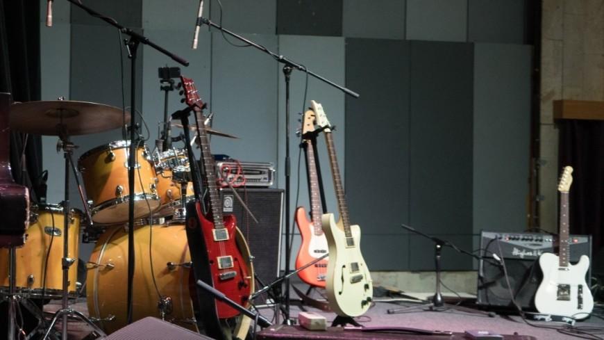 Шоу известного блюзового гитариста Левана Ломидзе. Юбилей группы Blues Cousins
