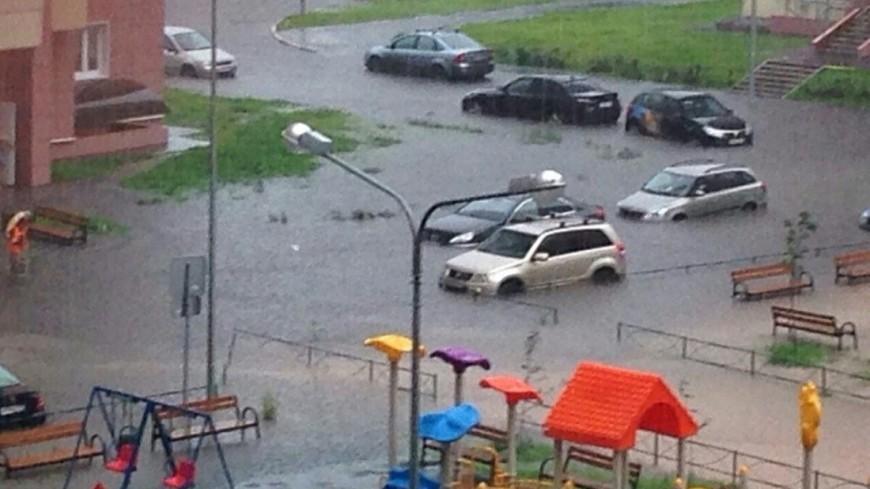 Паводок под Хабаровском затопил сотни дач и подступает к многоэтажкам