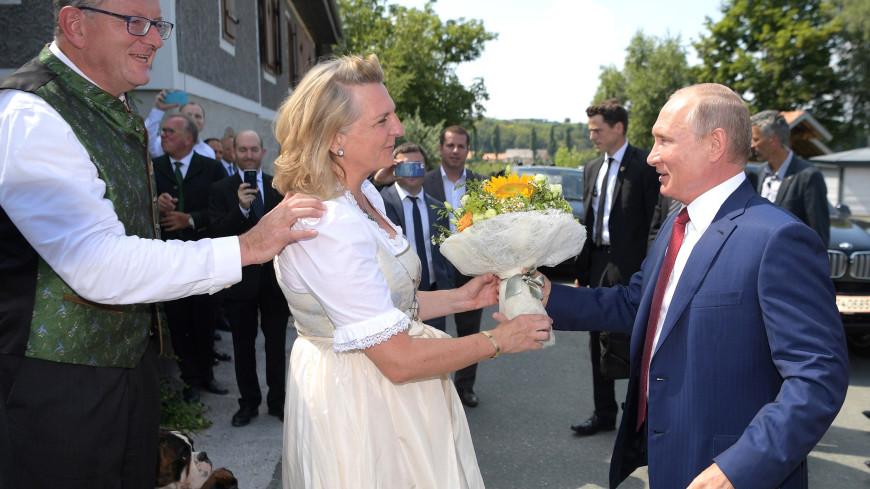 Карин Кнайсль, на свадьбе которой гулял Путин, поделилась мечтами о России