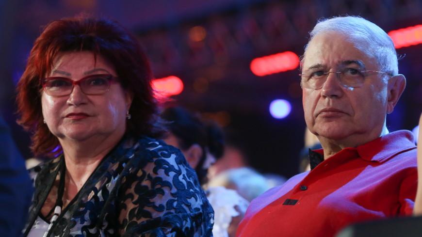 Таролог рассказала о «судьбе» отношений Петросяна и Степаненко