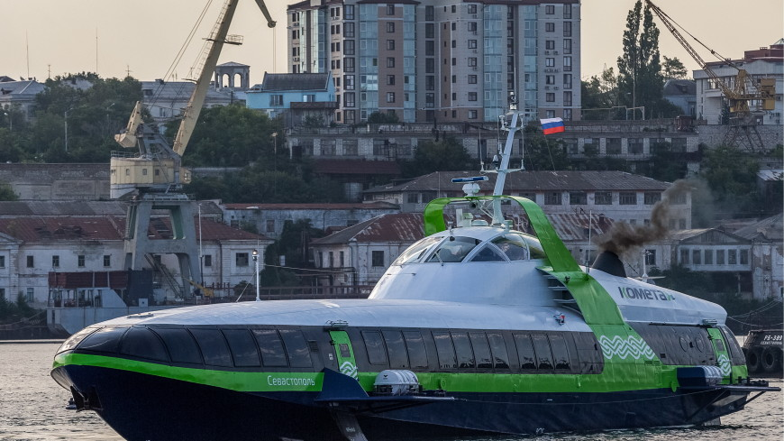 Теплоход «Комета» за две недели перевез более 4,5 тысячи пассажиров