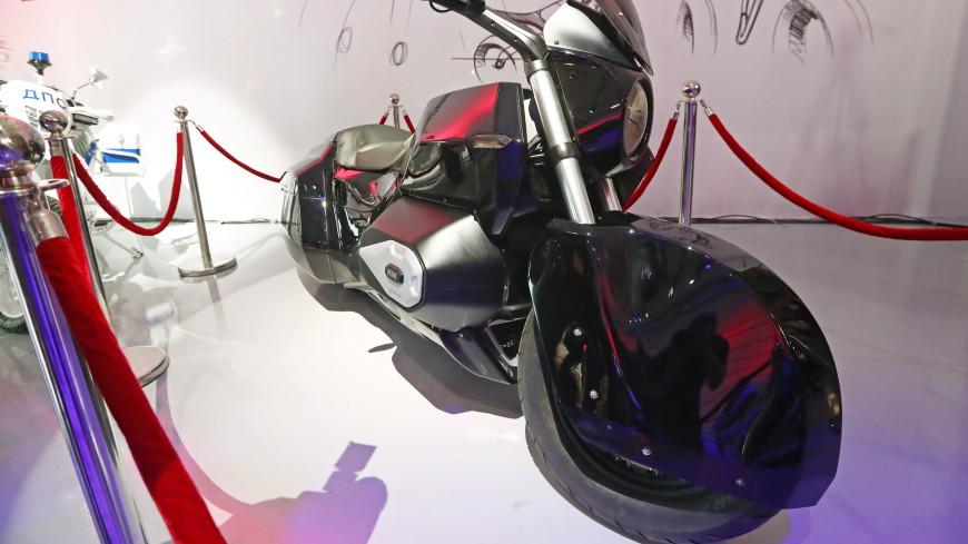 Мантуров: мотоцикл проекта Aurus будет полностью электрическим