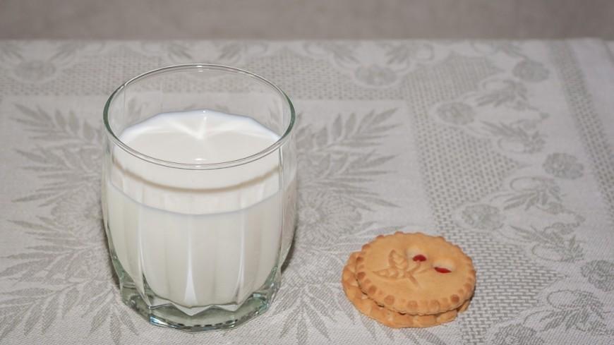 Молоко,молочные продукты, молоко, печенье, завтрак, перекус,