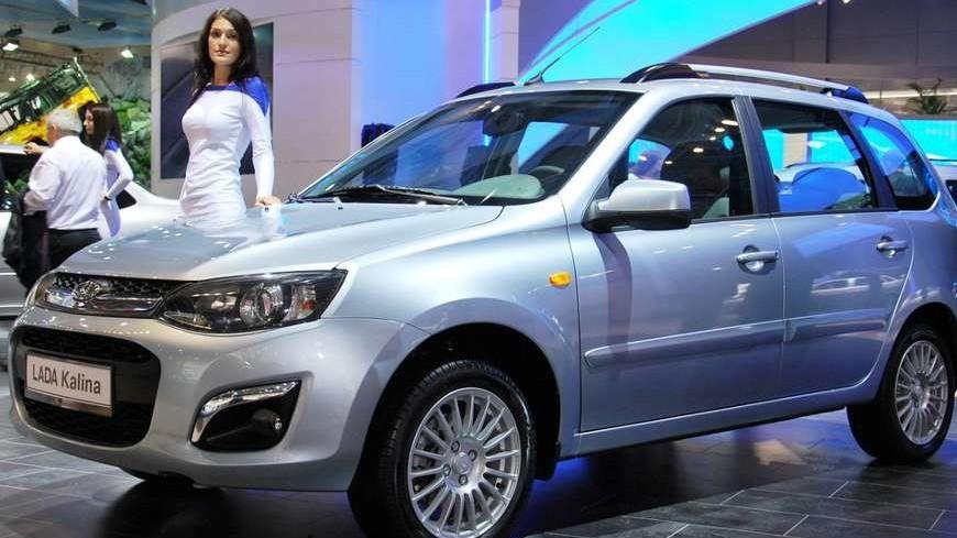 Эксперты назвали самые популярные в России авто с «механикой»
