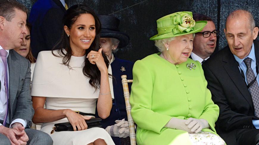 Не взлетает, не парит: в чем секрет королевской юбки