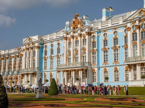 Пушкинский дом: пять причин побывать в Царском Селе