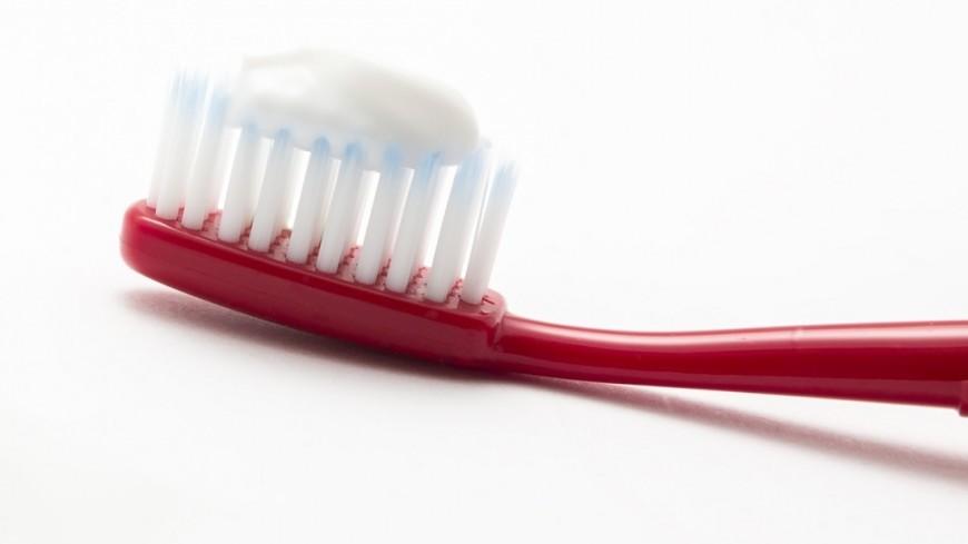 "Фото: Татьяна Константинова (МТРК «Мир») ""«Мир 24»"":http://mir24.tv/, зубная щетка, зубы, зубная паста"