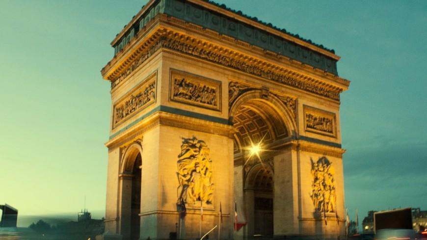 "Фото: Елена Андреева, ""«Мир 24»"":http://mir24.tv/, париж, триумфальная арка"