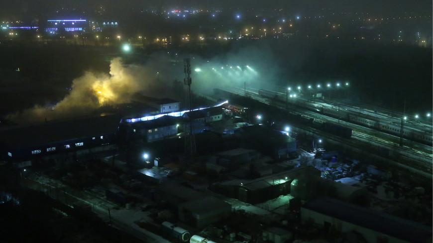 Пожар на складе в Петербурге потушен