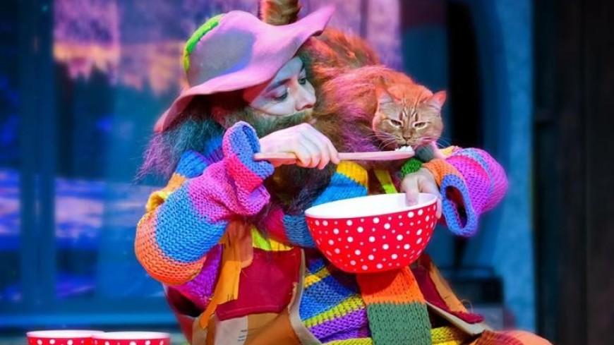 «Рождественская история» в театре кошек Куклачева
