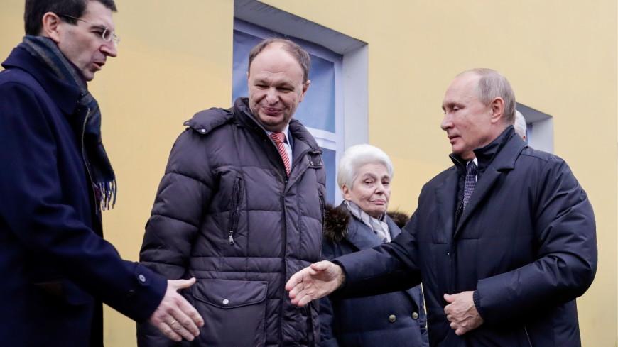 Путин принял участие в открытии памятника Солженицыну