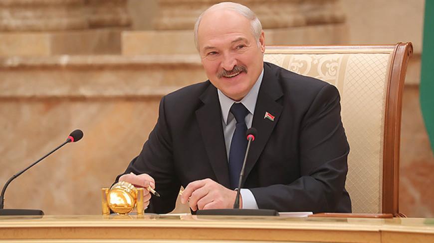 Лукашенко ответит на письмо Брижит Бардо о бездомных кошках и собаках