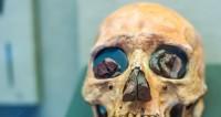 Темнокожие и голубоглазые: какими были древние британцы