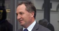 Вице-премьер Австралии лишился поста после секс-скандала