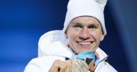 Российские лыжники взяли серебро и бронзу ОИ в масс-старте