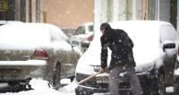 Москва приходит в себя после «снегопада века