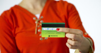 Виртуальное воровство: в России выросло число краж с банковских карт