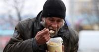 «Социальный патруль» в Москве спасает бездомных от мороза