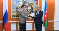Директора филиала МТРК «МИР» в Баку наградили почетной грамотой