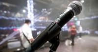 23 февраля и 8 марта: мужчины споют женские песни, а женщины – мужские