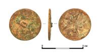 Древнюю пуговицу с мальтийским крестом нашли в центре Москвы