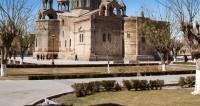Пять причин посетить армянский Эчмиадзин