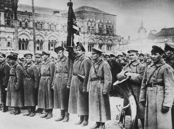 Сто лет славы: как рождалась Красная армия