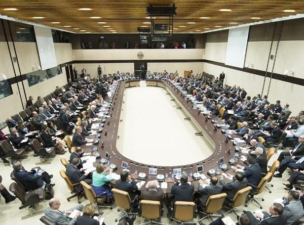 НАТО обвинила Россию в провоцировании гонки ядерных вооружений