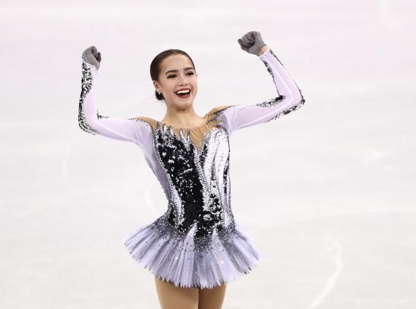 Алина Загитова обновила мировой рекорд Медведевой на Олимпиаде
