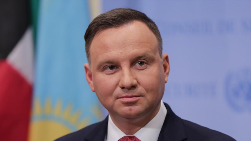 Президент Польши отправит закон о Холокосте в суд перед подписанием