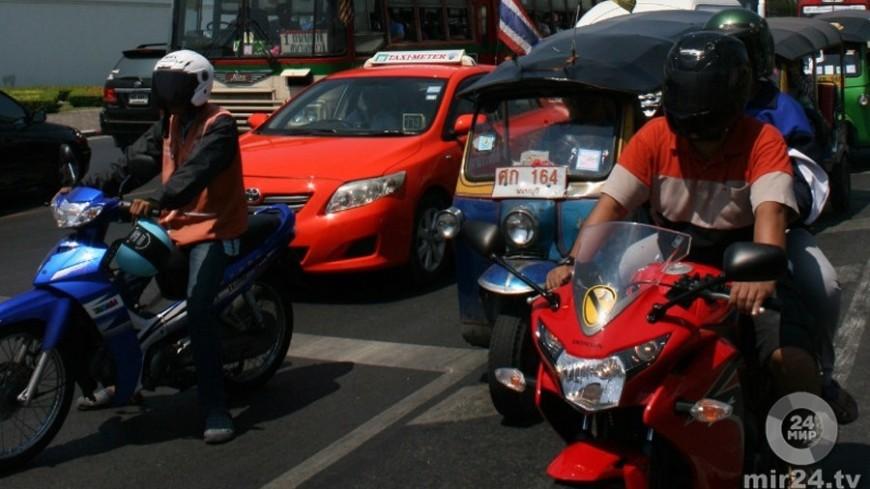 В Таиланде автобус с туристами из России попал в ДТП