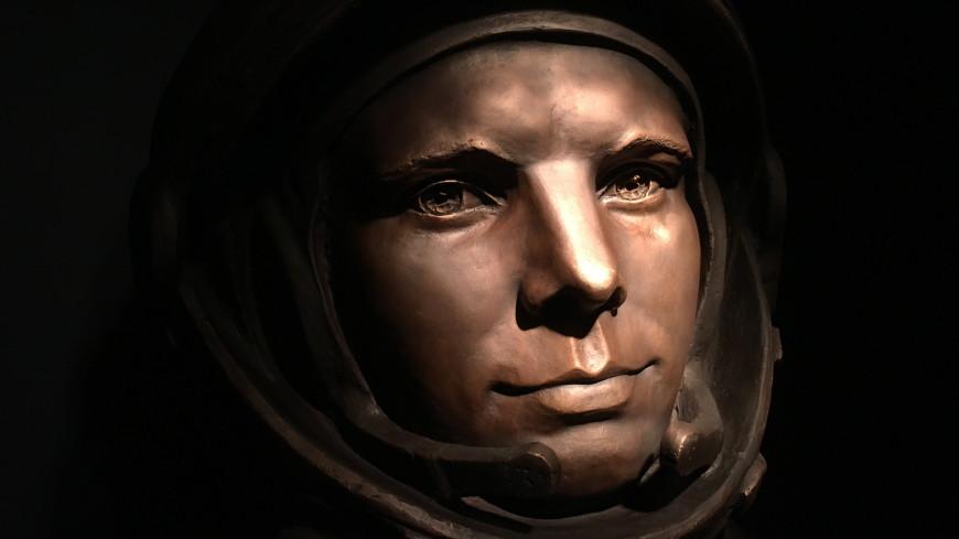 В Антарктиде открыли бюст Юрия Гагарина