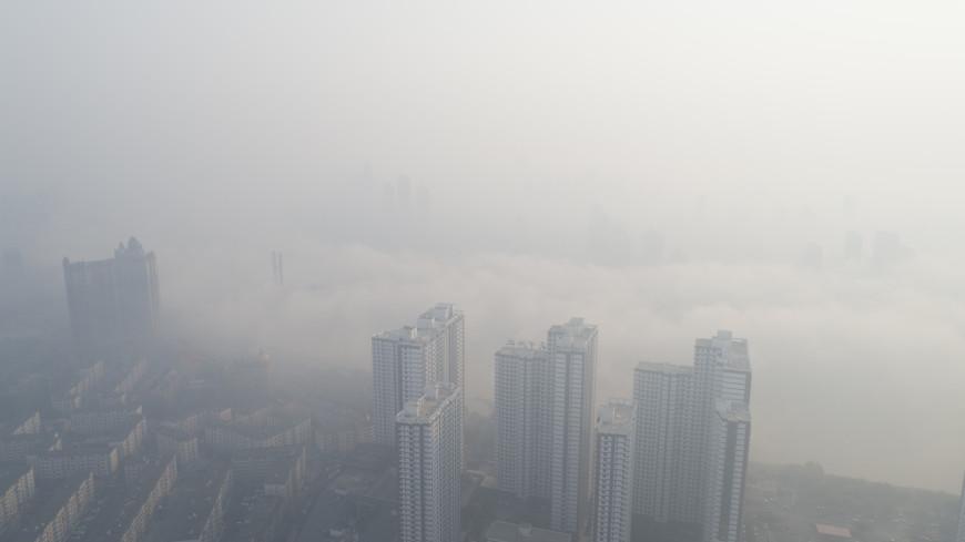 В Китае из-за тумана возникла пробка в восемь тысяч машин
