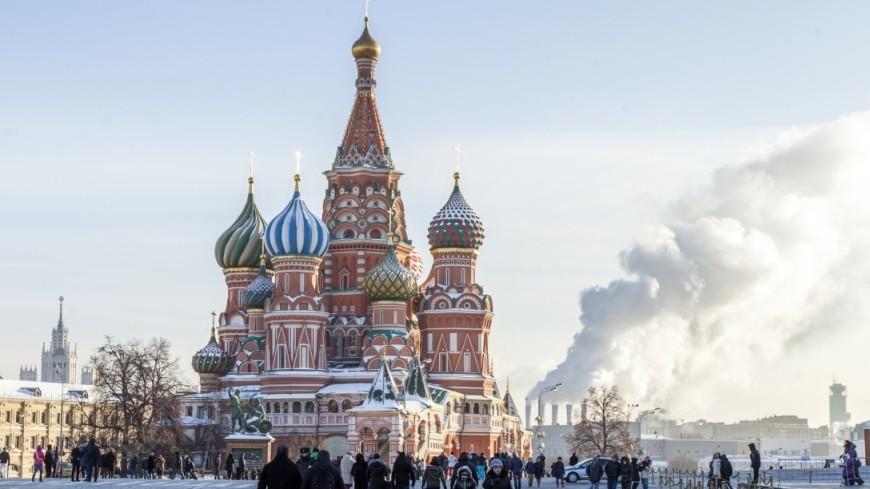 Москвичи на фоне выборов устроили гуляния в центре города