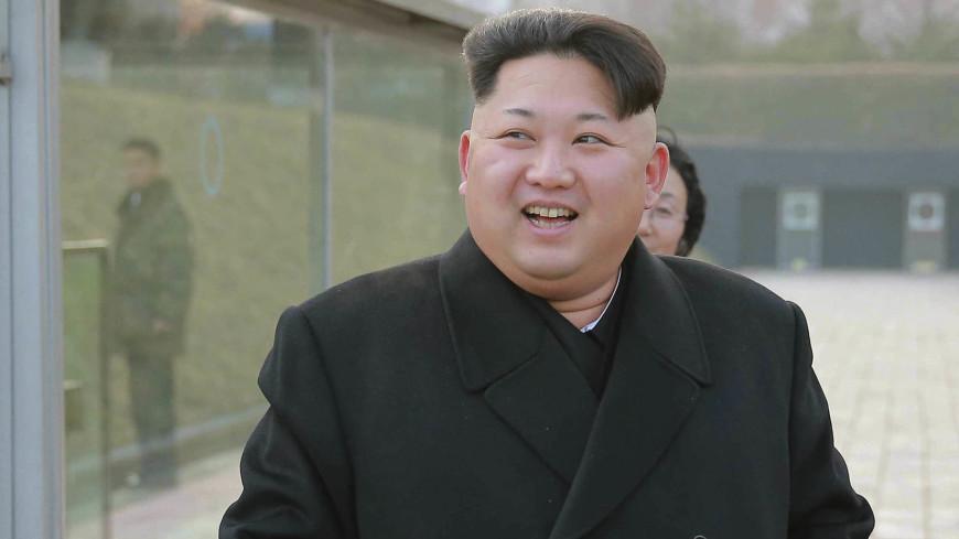 Надежда на единение нации: Ким Чен Ын рукоплескал южнокорейским артистам