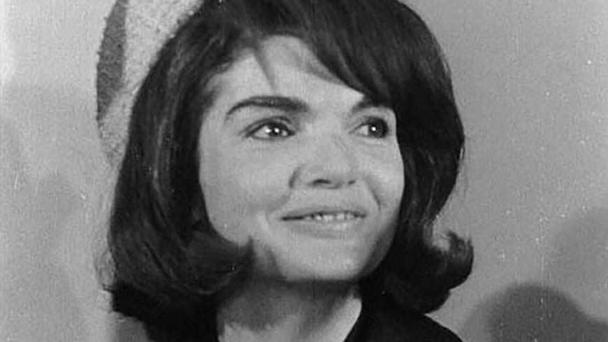 Найден давно потерянный портрет юной Жаклин Кеннеди