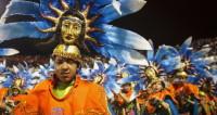 Жителей и гостей Колумбии закружил новогодний карнавал