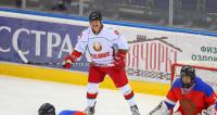 Команда Лукашенко выиграла Рождественский турнир любителей хоккея