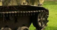 Новосибирский умелец собрал «танк» из двух легковушек
