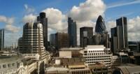 Художники со всего мира заставили Лондон засиять