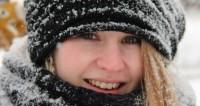 Жители Якутии увлеклись селфи с ледяным макияжем