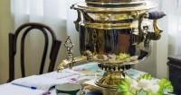 Самовар, печка и булочки: как встречали Новый год в старину на селе