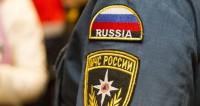 Спасатели вытащили тонущего человека из пруда в Москве