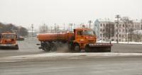 Московские коммунальщики впервые в 2018 году вышли на уборку снега