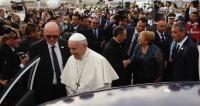 Чили встречает папу римского массовыми протестами